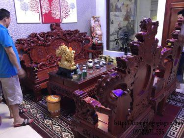 Bộ bàn ghế Quốc Nghê phong thủy gỗ Hương đỏ tay 12
