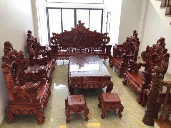 Bộ ghế Rồng Khuỳnh Nghê Đỉnh gỗ Hương Đỏ 12 món tay cột 12