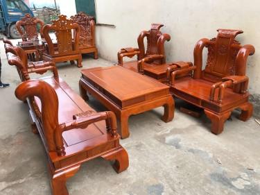 Bộ Tần Thủy Hoàng tay cột 12 gỗ cẩm vàng