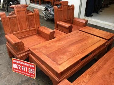 Bộ bàn ghế Âu Á tay hộp chương cuốn thư gỗ hương đá (anh Tuyên, Nghệ An)