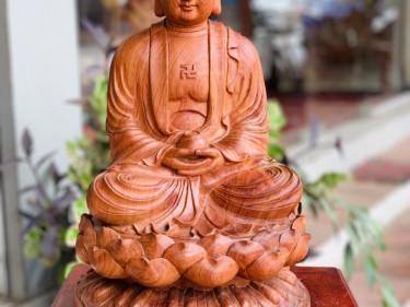 Phật Tổ Như Lai ngồi thiền gỗ hương