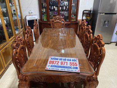 Bộ bàn ăn gỗ hương đá 8 ghế đục hoa hồng 2 mặt sang trọng