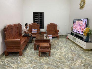 Phòng khách nhà Anh Lâm sau khi kê Bàn ghế Khổng Tử Gỗ Hương Đá